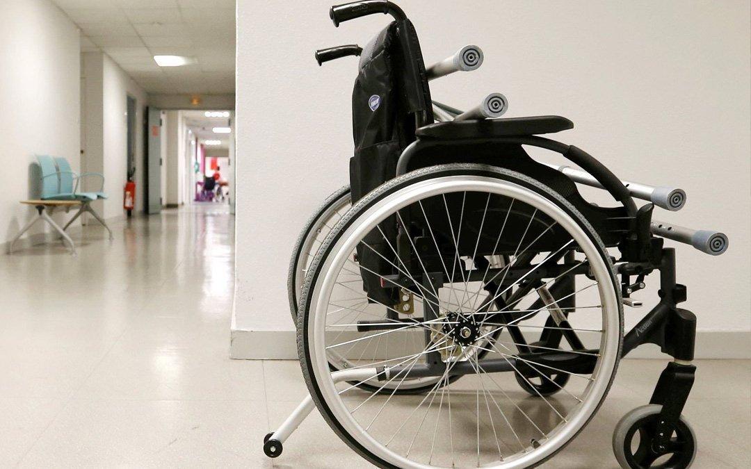 nhs-wheelchair-05